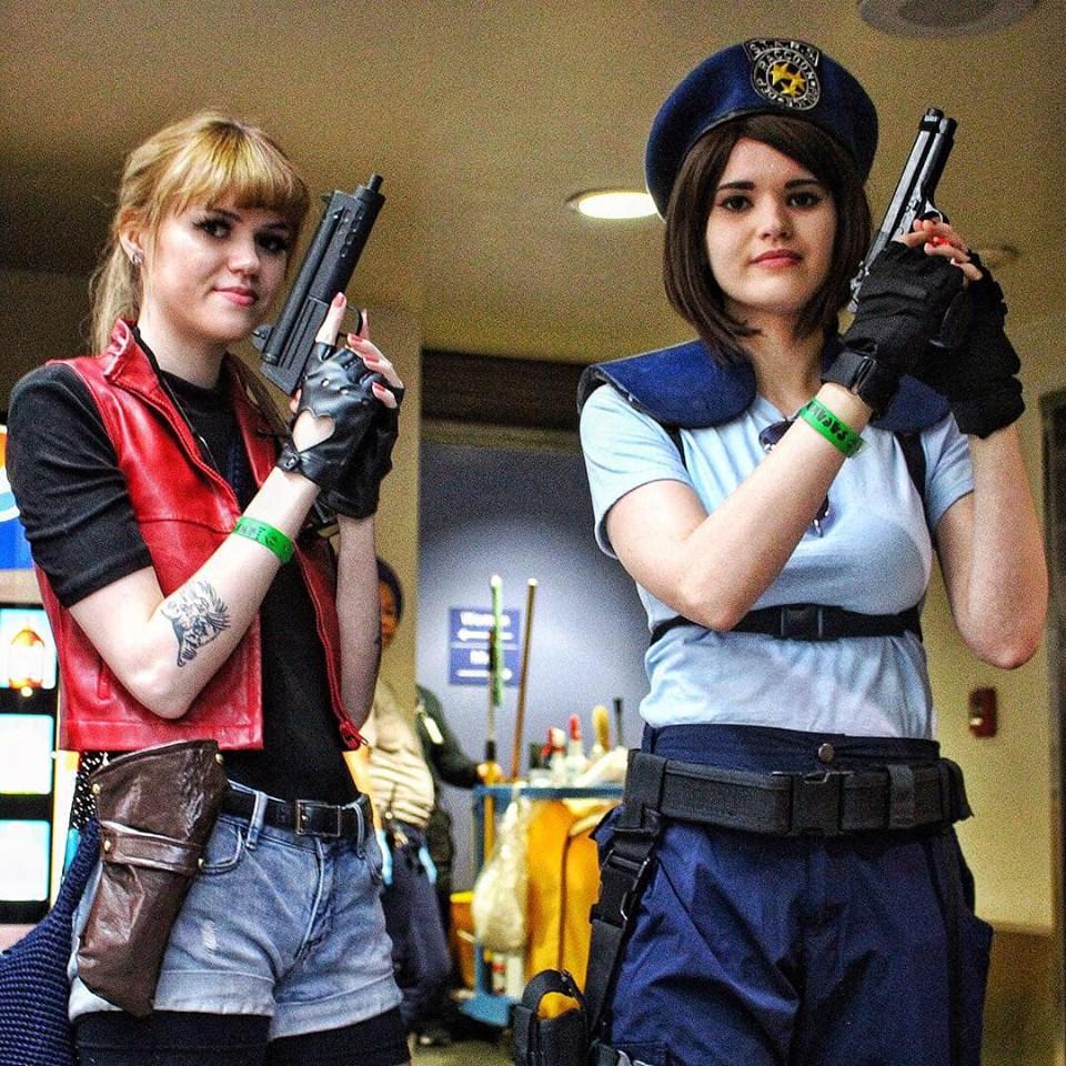 Resident Evil Cosplayers 8Bit/Digi